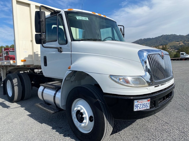 2015 International 4400 Day Cab For Sale - Hard To Find 2 Axle Tractor